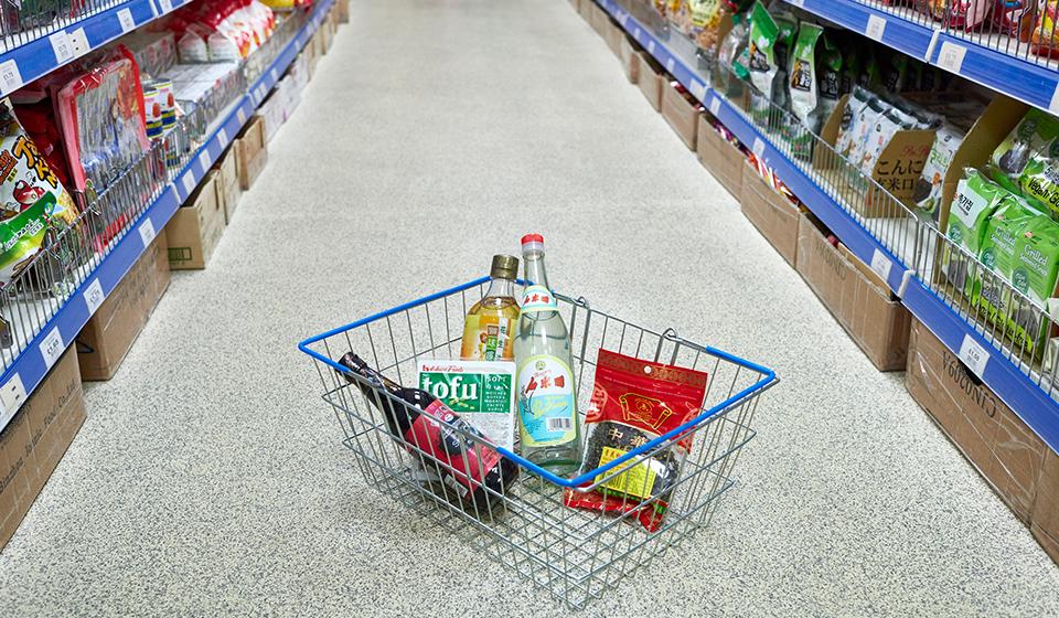 新龙门行超市内部2