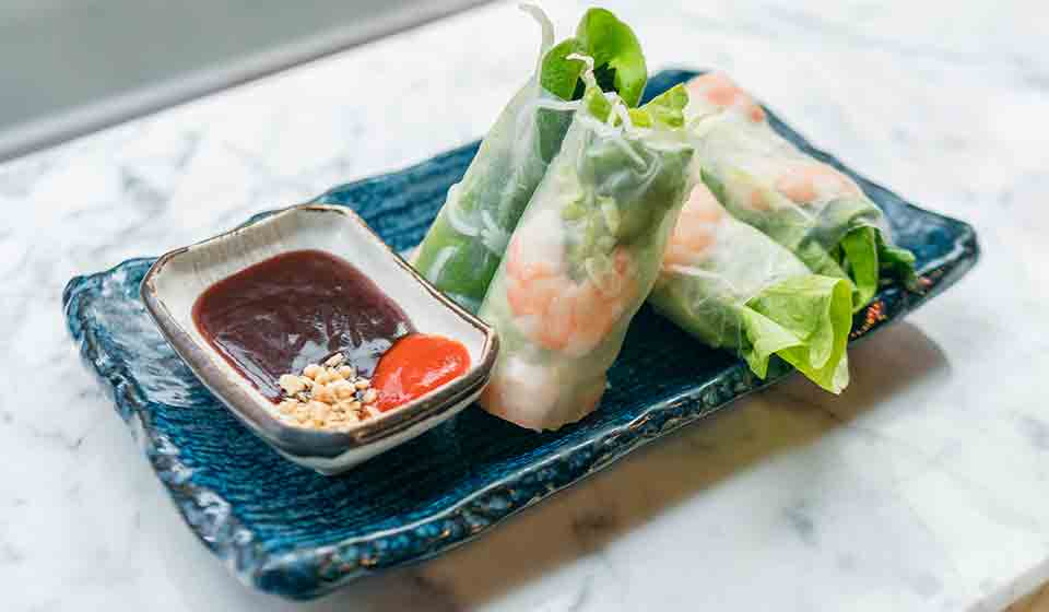 chinatown london-le hanoi prawn roll